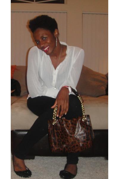 Kate Landry handbags online in Victoria