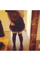 black na shoes - black H&M skirt - black hm gunsnroses H&M t-shirt