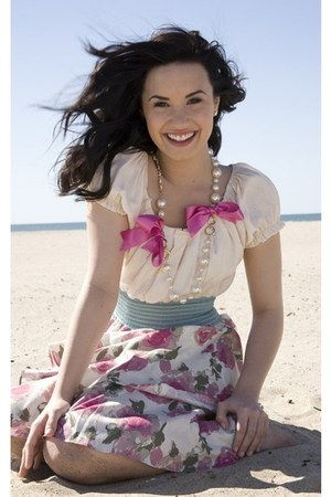 floral unknown skirt - unknown blouse - pearls and bows unknown necklace