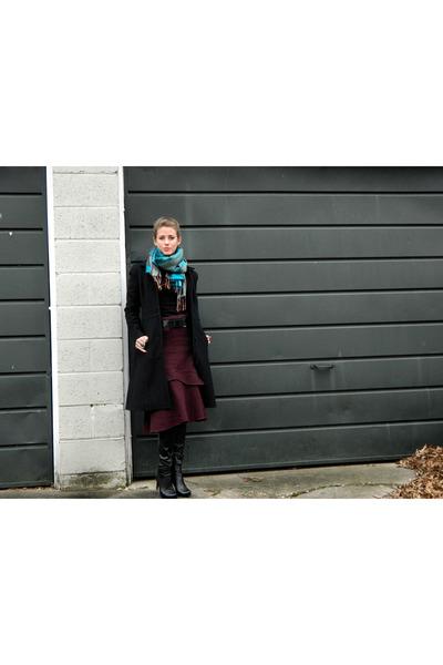 Gap skirt - bcbg generation boots - H&M shirt - thrifted belt