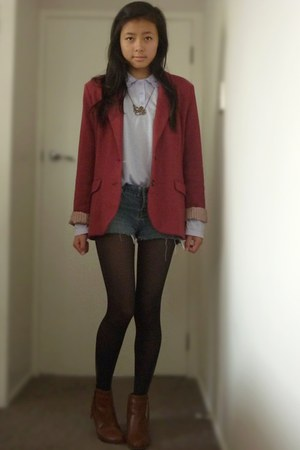 ruby red blazer - tawny brown booties rubi boots - periwinkle Lee Denim shorts