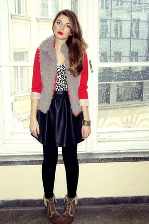 red red H&M blazer