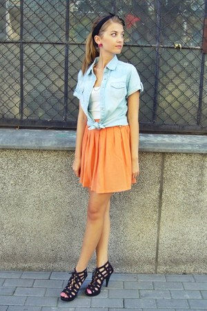 carrot orange second hand skirt - light blue new look shirt
