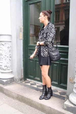 vintage jacket - Monki dress - H&M boots - vintage purse