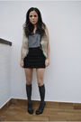 Black-h-m-skirt-gray-brandy-melville-top-beige-h-m-jacket-gold-h-m-acces