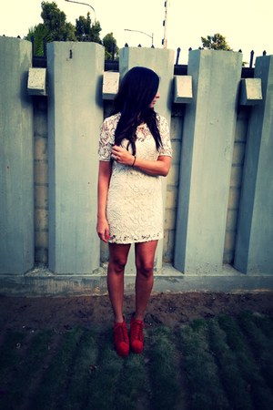 ivory Urban Outfitters dress