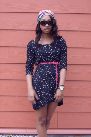 black star print Zara dress - pink braided belt - black Marc Jacobs watch