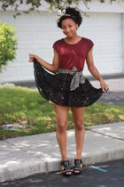 black f21 skirt - red f21 shirt - black shoes - silver Mommys scarf