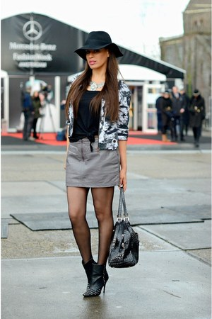 black blink boots - black MYCA Couture hat - black avanti shirt - black Zara bag