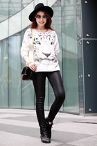tiger printed Forever 21 sweater - shinny Topshop jeans - Zara hat - Zara bag