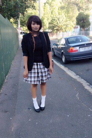 checkered skirt vintage skirt - black blazer Zara blazer