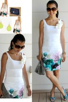 white printed floral H&M skirt