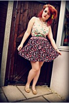 magenta vintage skirt - camel moccasins new look shoes
