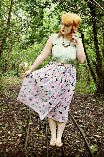 light pink floral thrifted skirt - camel loafers new look shoes