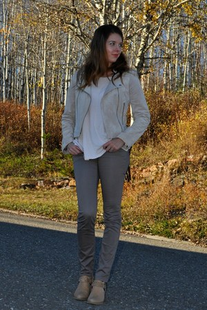 beige envy boots - beige suede  jacket - heather gray H&M pants
