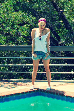 white city of dolls top - blue Vintage Levis shorts - blue Urban Outfitters shoe