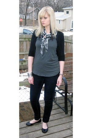 It jeans jeans - Macys scarf - Flexx flats - lace Target blouse - American Eagle