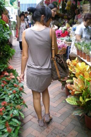 Mango dress - shoes - Louis Vuitton purse