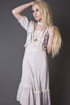 Ivory-telltale-hearts-vintage-dress
