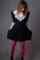 Black-telltale-hearts-vintage-dress