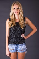 Telltale-hearts-vintage-top