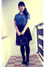 Black-gate-tights-black-new-yorker-bag-blue-gate-blouse-black-gate-skirt