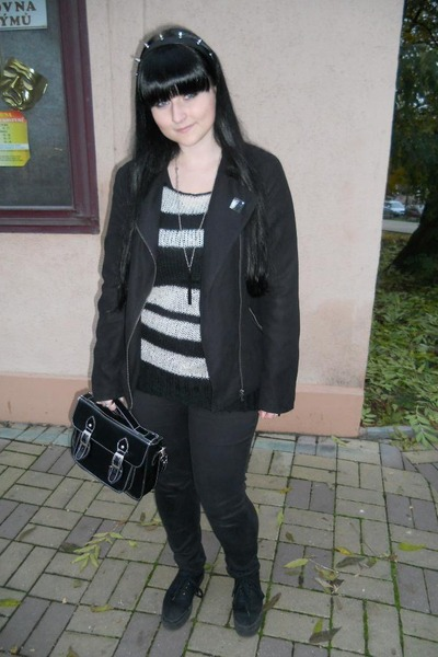 black Mudd jeans - black Gate jacket - white New Yorker sweater