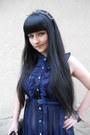 Black-new-yorker-bag-navy-yumi-dress-black-lindex-hair-accessory