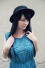 Gold-h-m-bracelet-turquoise-blue-polka-dot-atmosphere-dress-black-h-m-hat