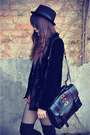 Creepers-shoes-forever-21-hat-velvet-blazer-black-choies-bag