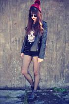 leather jacket jacket - leather boots - studded shorts - round sunglasses