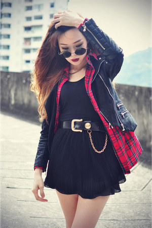 leather Chicwish jacket - creepers shoes - BLAQMAGIK shirt - round sunglasses