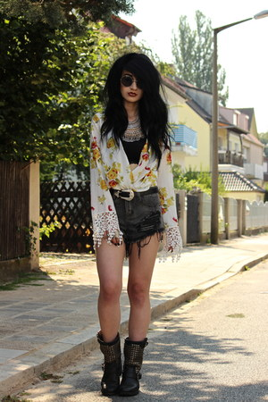 floral crochet Nasty Gal blouse - studded ASH boots - distressed romwe shorts