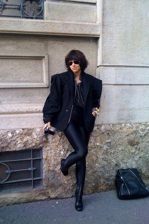 black Digitaria blazer - American Apparel leggings - black alaia shoes - black M