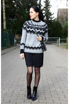 black Zara boots - black Zara dress - black Mango bag - heather gray Zara jumper