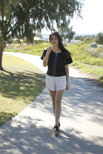 stella August Street top - language lifewithbird shorts - wedge Urge sandals
