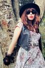 Black-joie-boots-ivory-telltale-hearts-vintage-dress-black-vintage-hat