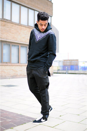 black DOG by Hardy Punglia hoodie - black DOG by Hardy Punglia pants
