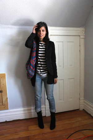 some store in Lima Peru blazer - Forever 21 sweater - second hand shirt - Foreve