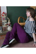 black from friend shirt - purple Delias pants