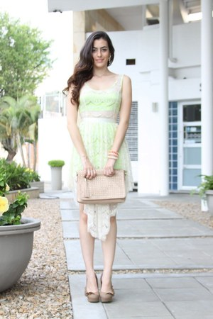 eggshell urbanchic dress