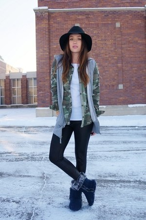 black Nordstrom hat