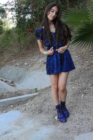 deep purple vintage boots - navy star Forever 21 dress