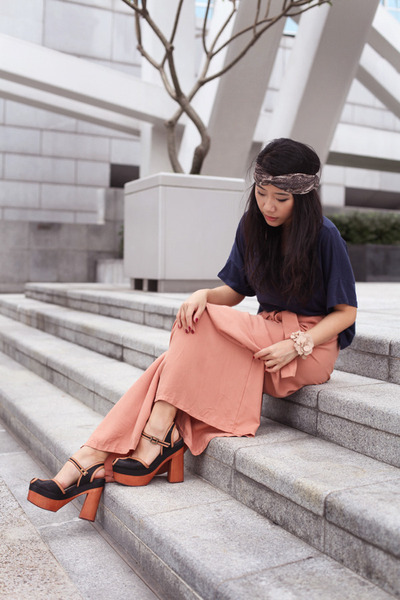 peach Topshop pants - black Jeffrey Campbell heels - navy H&M top