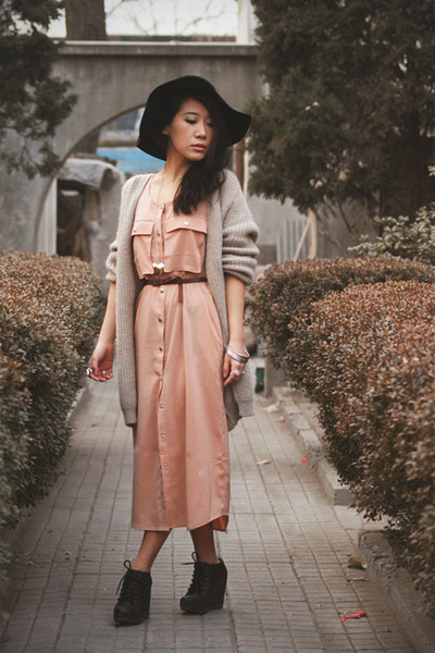 black Jeffrey Campbell wedges - peach Monki dress - black Monki hat