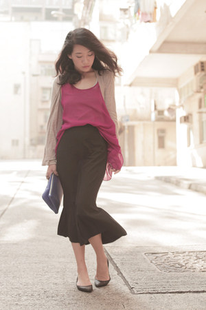 black asos skirt - magenta romwe vest - tan H&M cardigan - black pull&bear flats