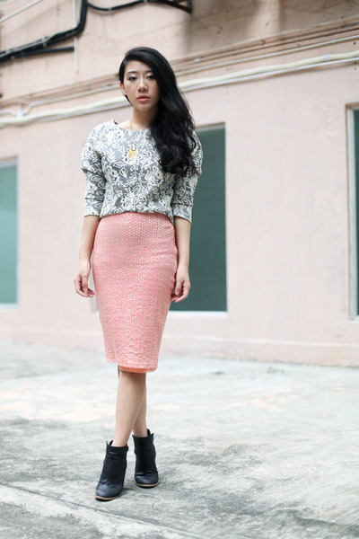 light pink H&M skirt - heather gray H&M blouse