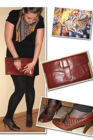 flea market purse - vintage shoes - vintage accessories