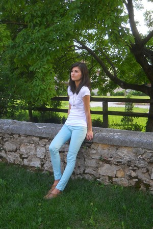 mustard H&M shoes - white cotton Pimkie t-shirt - aquamarine Pimkie pants
