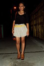 Heather-gray-wagw-shorts-yellow-wagw-belt-black-forever-21-top